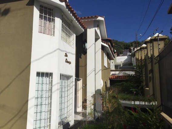 Casa En Venta En Zona Este Barquisimeto 20-4679 Nd