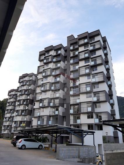 Venta De Apartamento En Calambeo, Ibagué