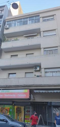Imagen 1 de 14 de Apartamento Al Frente Sobre Convencion,3 Dormitorios,terraza