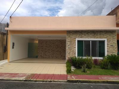 Casa Com 2 Suites, 1 Quarto, Splits E Móveis Imbutidos