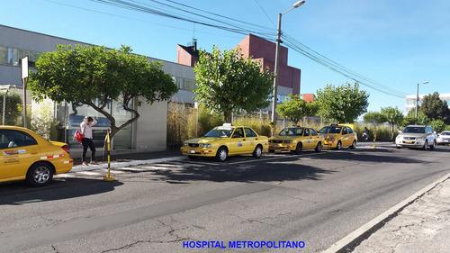 Imagen 1 de 7 de Vendo Taxi Y Puesto Cooperativa Hospital Metropolitano Quito