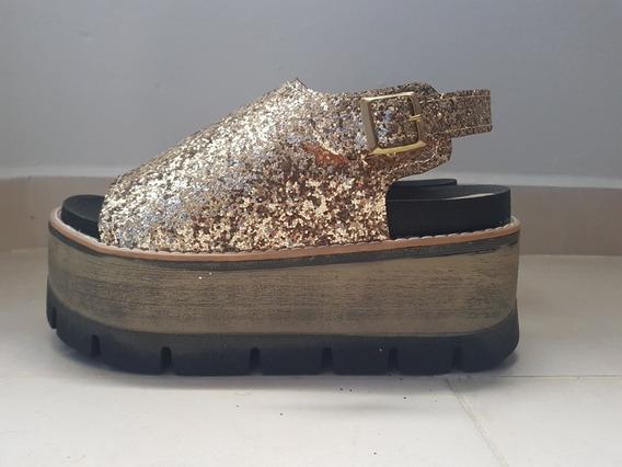 Sandalia Plataforma Lentejuelas Doradas