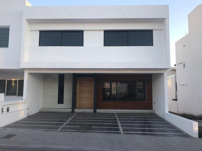 Casa Nueva Moderna Con 4 Recámaras En Privada Lucepolis
