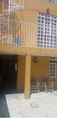 Venta De Casa En Valle Dorado Con Excelente Ubicacion