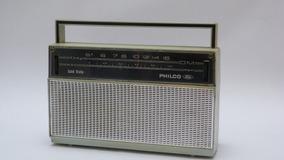 Rádio Philco Ford Solid State Pilha Am Precisando De Revisão