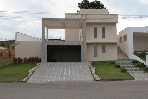 Casa Condomínio Residencial Sta. Adélia Belíssima 250m