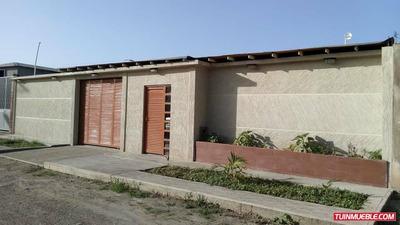 Casas En Venta Cumana. Cantarrana