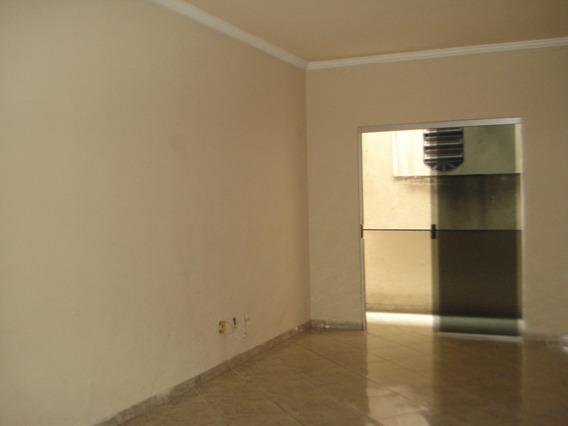 Apartamento 02 Quartos Caravelas