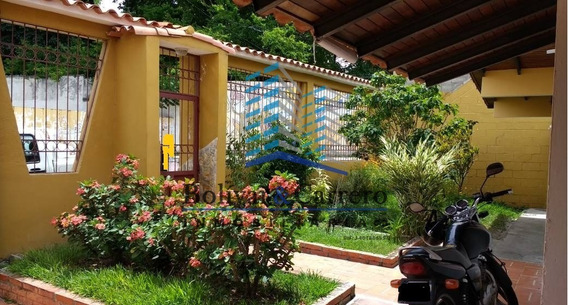 En Venta Bonita Casa+anexo+local En La Parroquia, Merida
