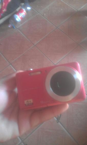 Câmera Digital Fotográfica Vermelha Pouco Tempo De Uso.