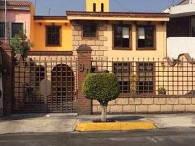 Preciosa Casa En Renta En Santa Cecilia