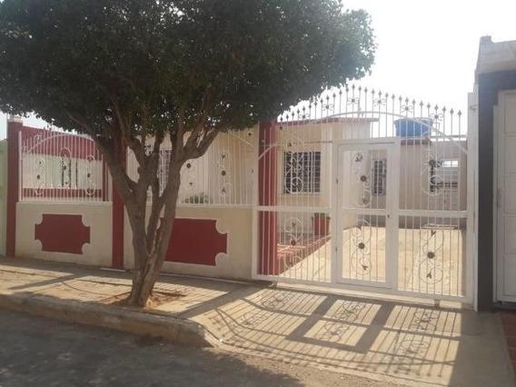 Luis Infante Mls# 19-12882 Casa Barata En El Soler