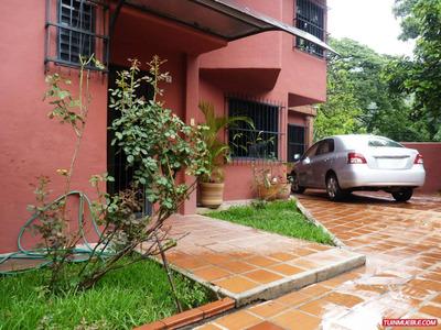 Townhouse En El Castaño, Urbanización Las Villitas