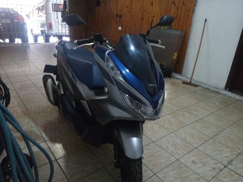 Imagem 1 de 12 de Honda Pcx 150 Sport Abs