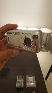 Cámara Sony Cyber-shot 6.0megapixels (usado)