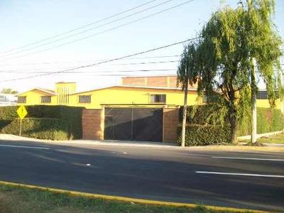 Funcional Conjunto De Casa ,departamento Y Locales Comerciales Cacalomacan Toluca