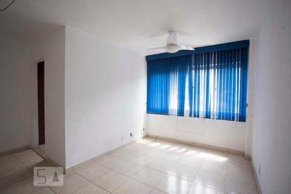 Apartamento No 5º Andar Com 2 Dormitórios E 1 Garagem - Id: 892968825 - 268825