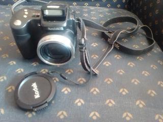 Camara Fotográfica Kodak Semi Profesional Digital