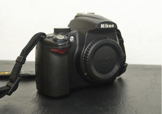 Câmera Nikon D5000 + Lente 18-55mm 3.5-5.6 + Mochila