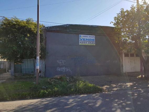 Excelente Galpón De 900m2 Cubiertos, Quilmes, Impecable