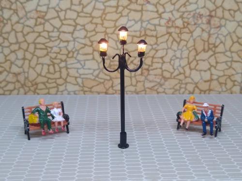 Imagen 1 de 10 de Nico 2 Farolas De Estilo 55 Mm C/lampara Metal H0 (eih 29)