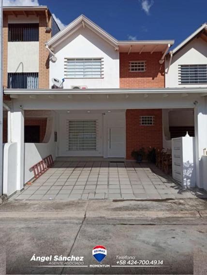 Se Vende Casa En Urb Privada Villa San Rafael Los Kioskos