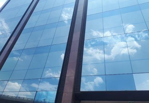En Edificio Corporativo Últimos Espacios