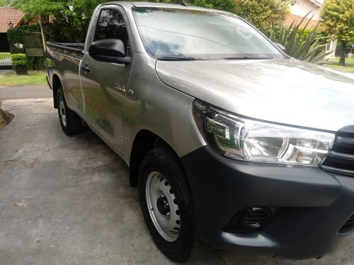 Toyota Hilux 2,4 Sc 4x2 Tdi Dx Año 2.017 34.000km