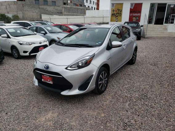 Toyota Prius C 2018 5p Hibrido L4/1.5 Aut