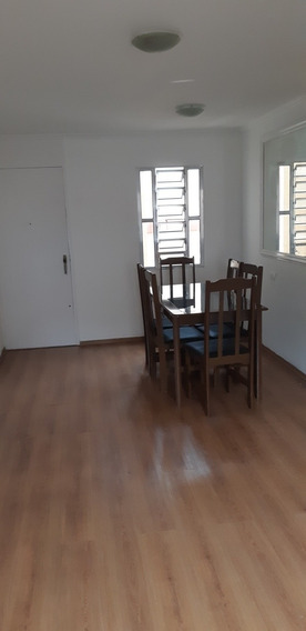 Vende Apartamento Sacomã Vila Livieiro.