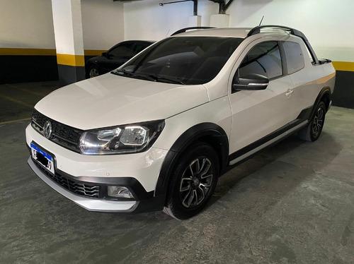 Imagem 1 de 8 de Volkswagen Saveiro 1.6 16v Cross Cab. Dupla Total Flex 2p