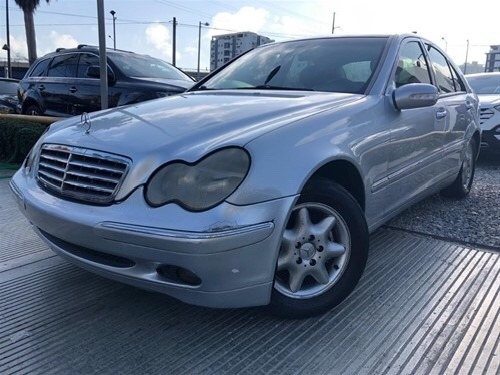 Mercedes Benz C200 2002 (nuevo)