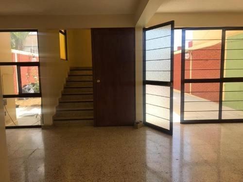 Casa Sola En Venta Reforma