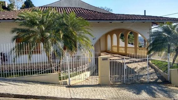 Belíssima Casa No Bairro Da Velha, Contendo 02 Suítes, Mais 01 Dormitório E 04 Vagas De Garagem. - 3574406