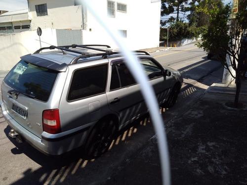 Imagem 1 de 12 de Volkswagen Parati 2002 1.0 16v Plus 5p