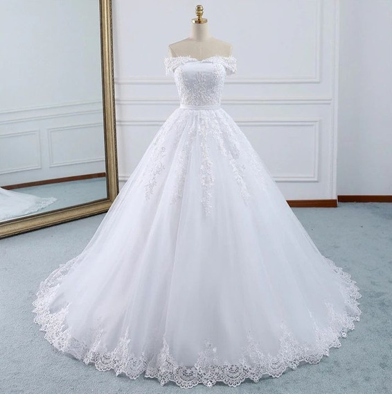Vestido De Noiva Luxo Ombro A Ombro Cauda Detalhada