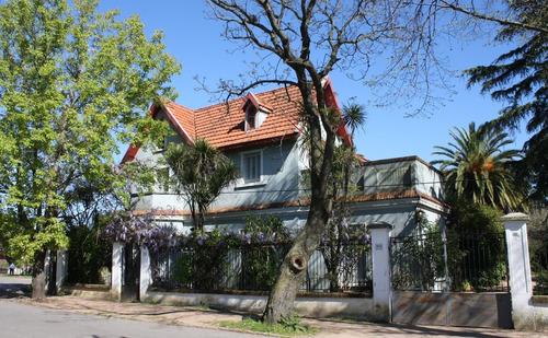 Dueño Vende Gran Casa En Sayago Con Jardín Parque De 2565 M²