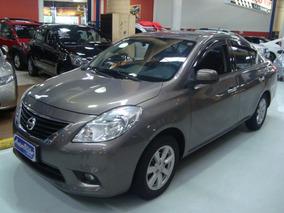 Nissan Versa Sl 1.6 Flex 2014 Cinza (completo + Couro)