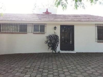 Casa En Renta En Fraccionamiento En Oaxtepec ( 397584 )