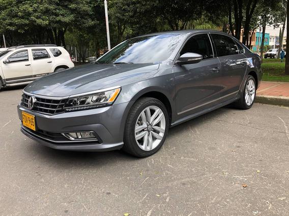 Volkswagen Passat At 2.5cc 2018