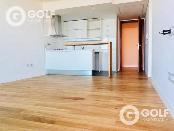 Vendo Apartamento De 1 Dormitorio En Forum Con Garaje, A Estrenar Y Vista Al Mar, Puerto Del Buceo