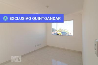 Apartamento No 3º Andar Com 2 Dormitórios E 1 Garagem - Id: 892908740 - 208740