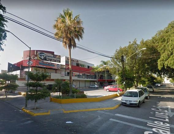 Venta De Plaza Comercial En Guadalajara En Justo Corro