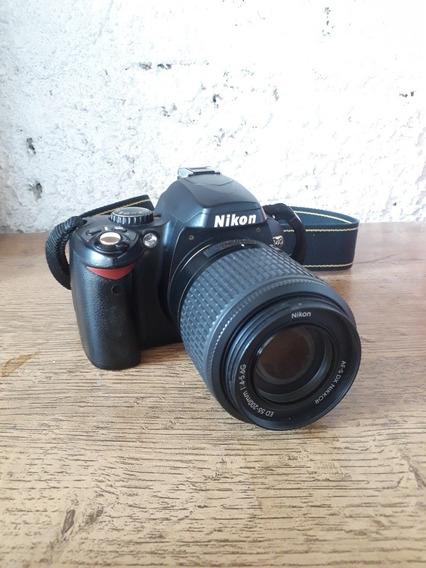 Câmara Nikon D40