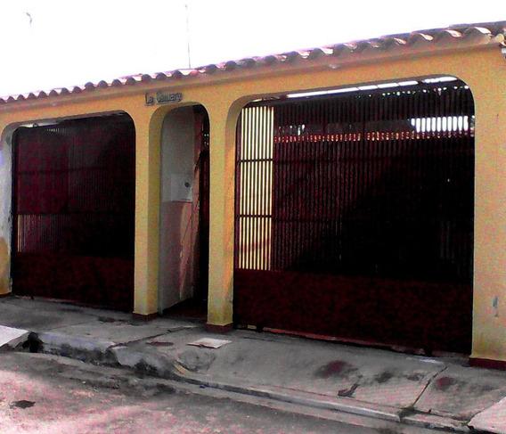 Casa En Venta Cabudare El Paraiso 19-13976