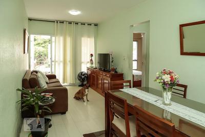 Apartamento No 3º Andar Mobiliado Com 2 Dormitórios E 1 Garagem - Id: 892907565 - 207565