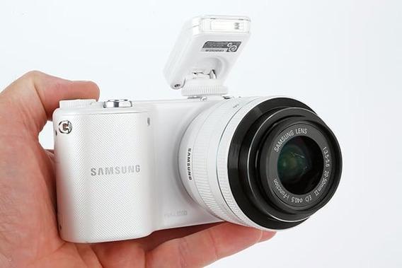 Cámara Profesional Samsung Nx2000