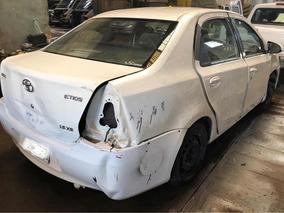 Toyota Etios 1.5 Chocado No Esta Dado De Baja