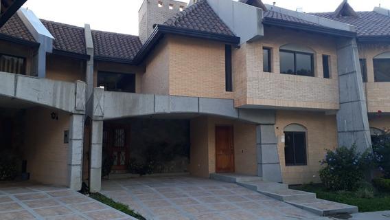 Casa En Venta Altos De Santa María Excelente Oportunidad