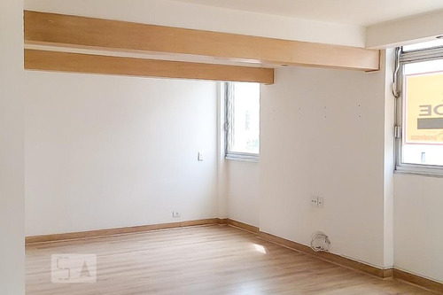 Apartamento À Venda - Jardim Paulista, 2 Quartos,  117 - S893037540